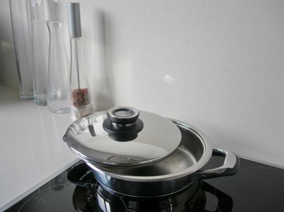 sauteuse-cuisson-douce-800x600